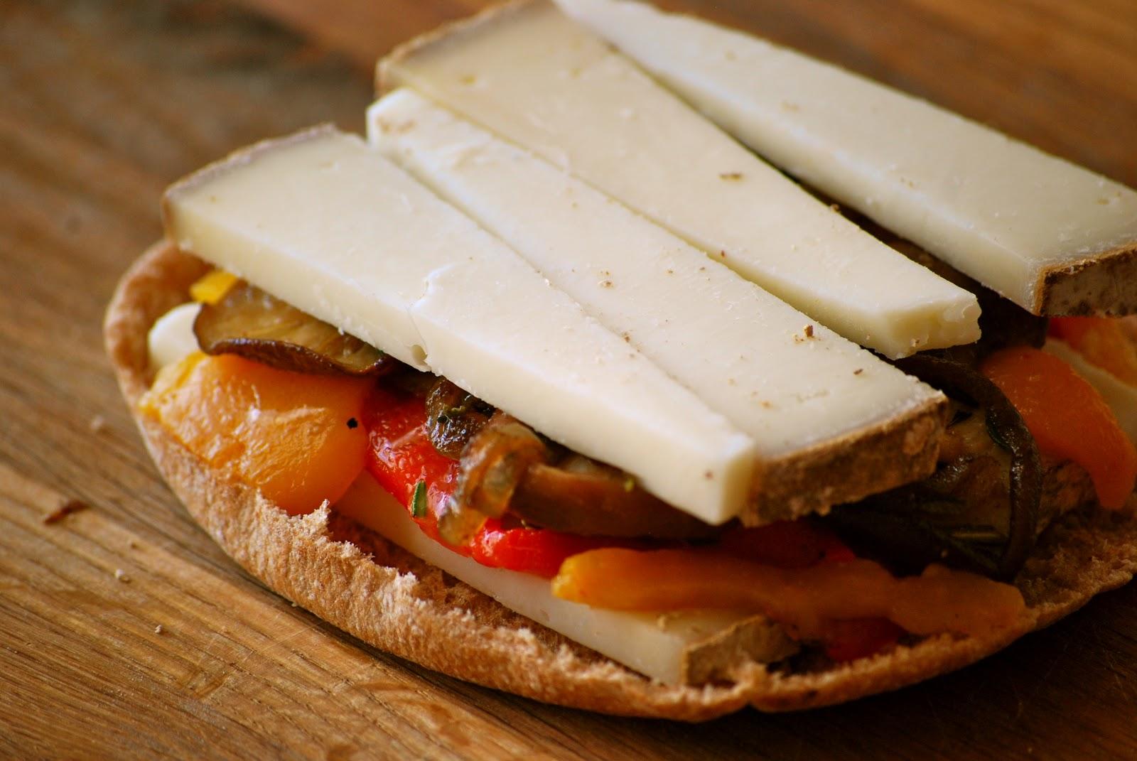 Drunken Grilled Cheese Sandwiches Recipe — Dishmaps
