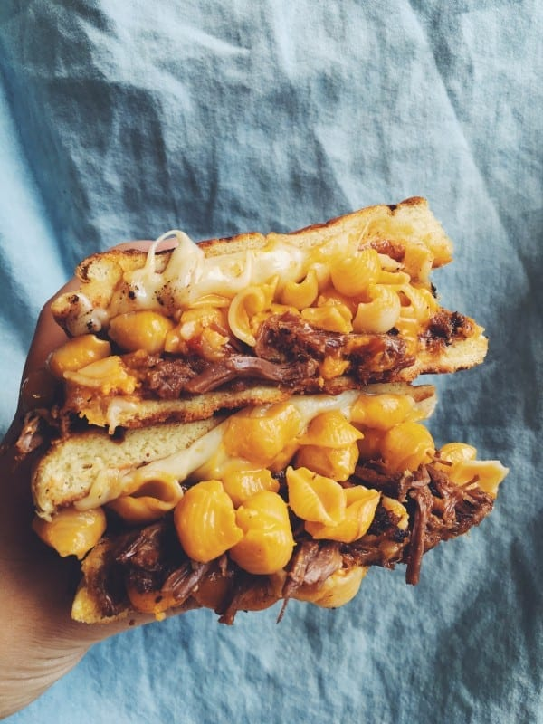 grilled mac n cheese sandwich grilled cheese social
