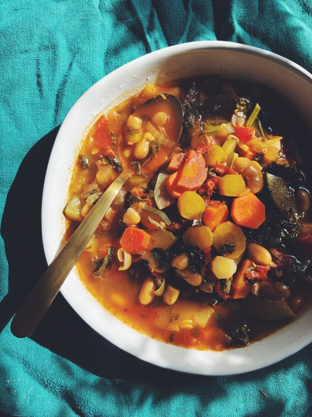 Spicy Lemon, Kale and White Bean Detox Soup