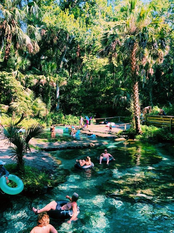 people floating down tubes at rock springs kelly park florida