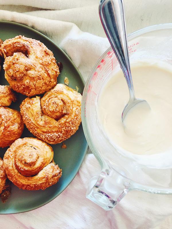 easy vanilla glaze