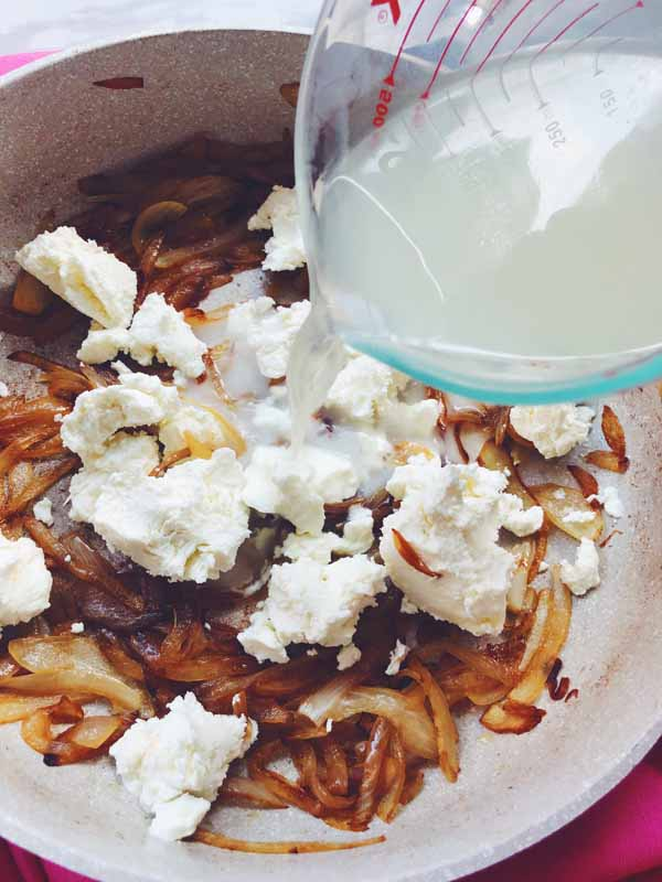 caramelized onions and goat cheese pasta sauce