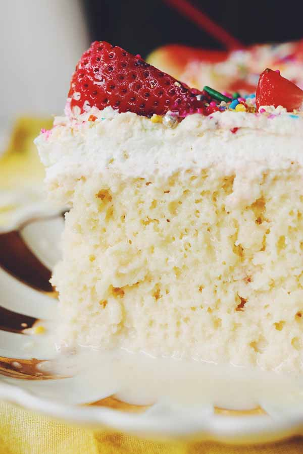 strawberry tres leches cake mix