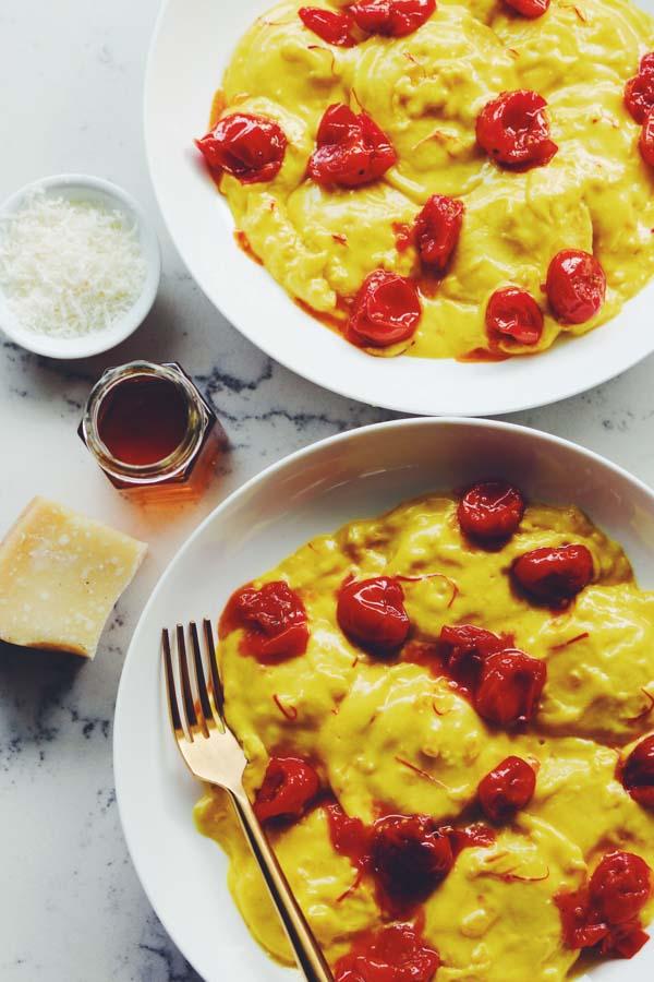 saffron cream sauce raviolis