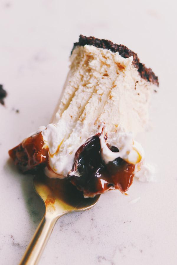 no bake salted chocolate peanut butter pie
