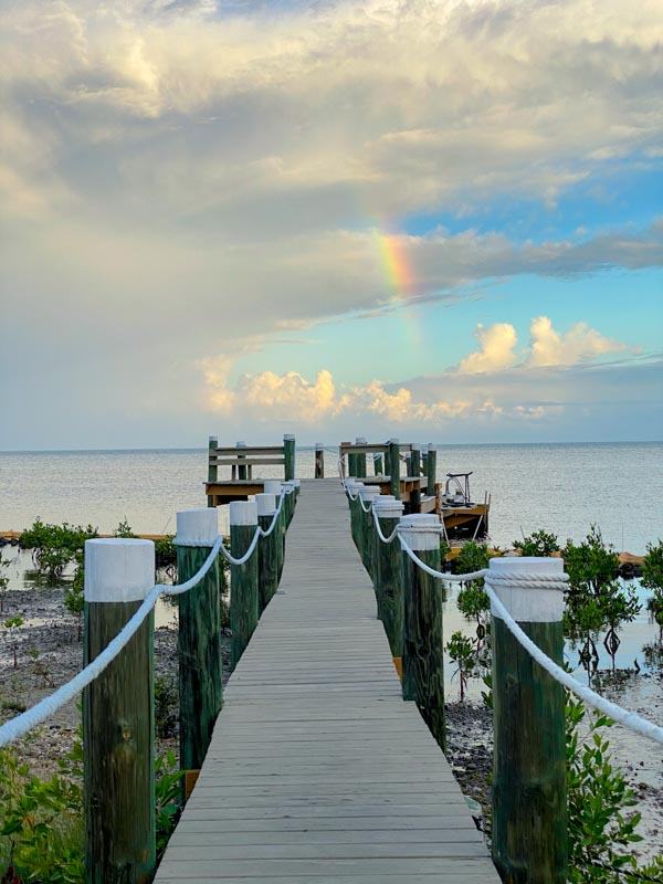 the best airbnb for a big family in the keys